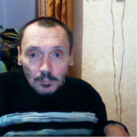 Tolik, 55, Snizhne